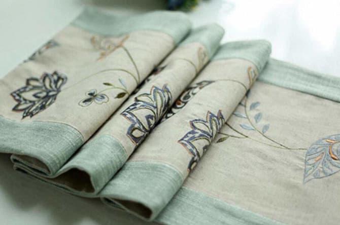 Camino de mesa bordado flores rustico rupestre