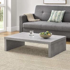 idea para decorar la salita de casa con una mesa de centro moderna