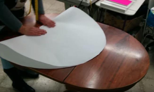 04 - sacar el centro del patron para fabricar la falda camilla ovalada