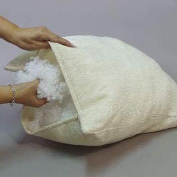 Perlas de silicona para rellenar almohadas y cojines.