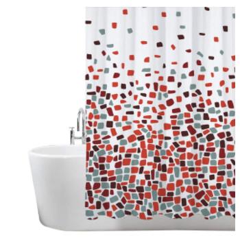 Accesorios de baño: Cortinas de ducha con cenefas de colores ideal para ducharse con intimidad.