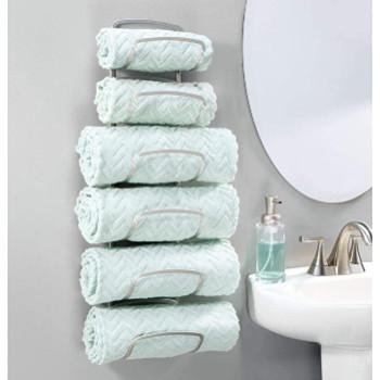 Accesoris de baño: Un toallero de acero inoxidable para colgar de la pared y organizar hasta 6 toallas.